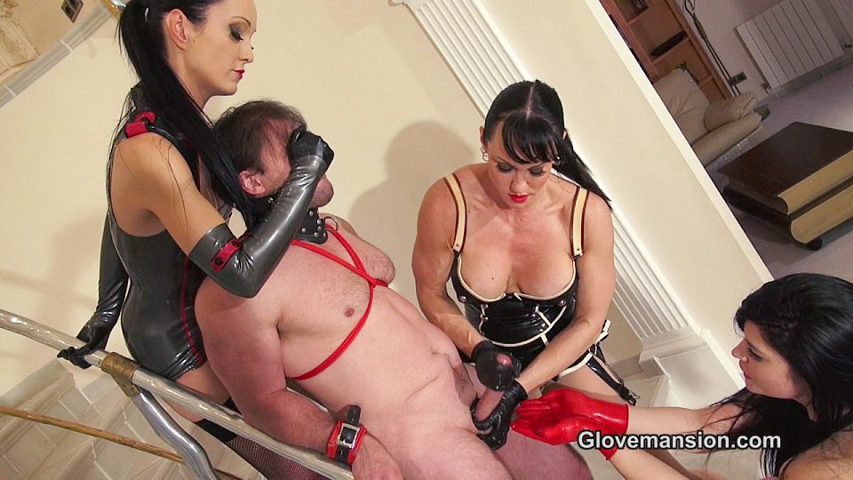 latex-handjob-movie-cum-swallowing-shemale-tube-videos